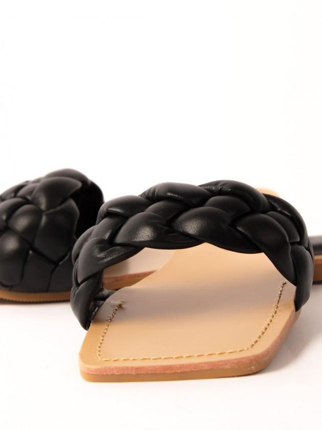 Sandalia trenzada Negra
