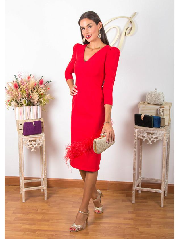 Vestido rojo plumas